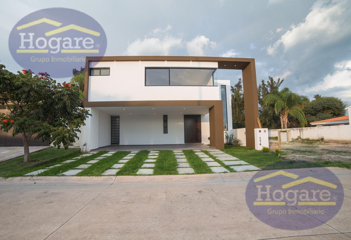 Casa en Pre-Venta en campo de Country Golf Los Naranjos, León Gto.