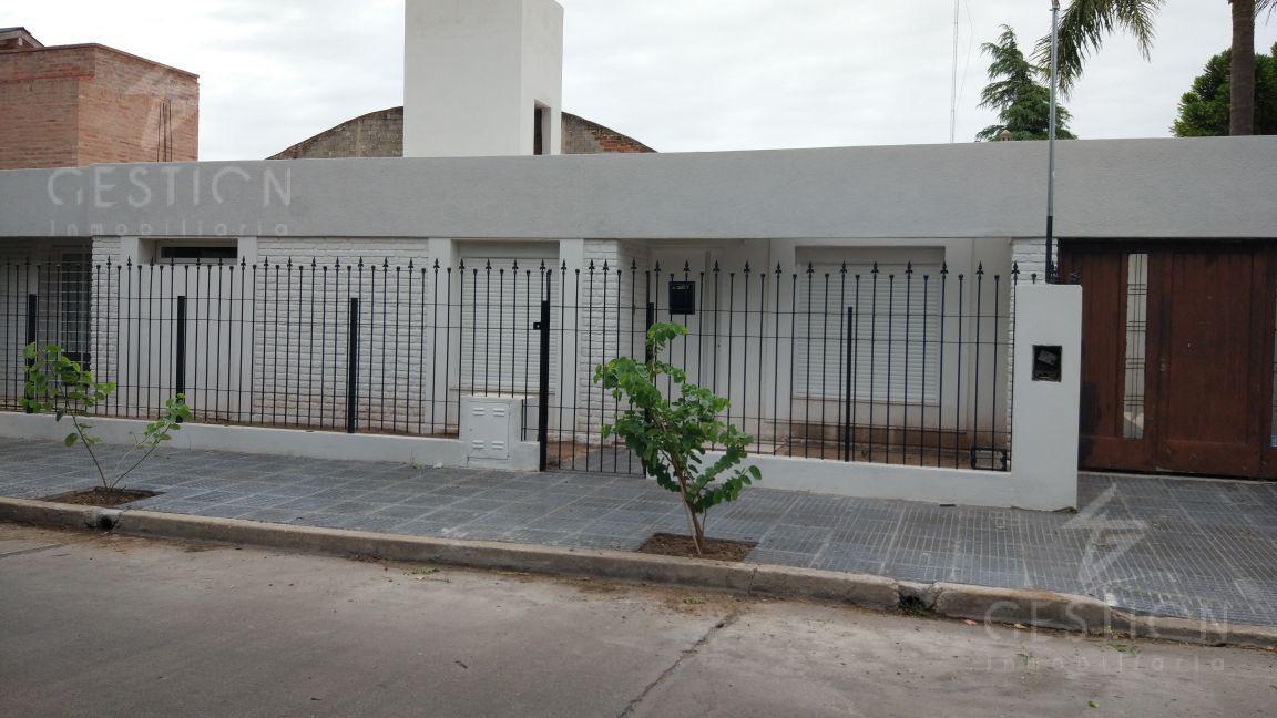Foto Casa en Venta en  Jardin,  Cordoba  Tanti al 1400