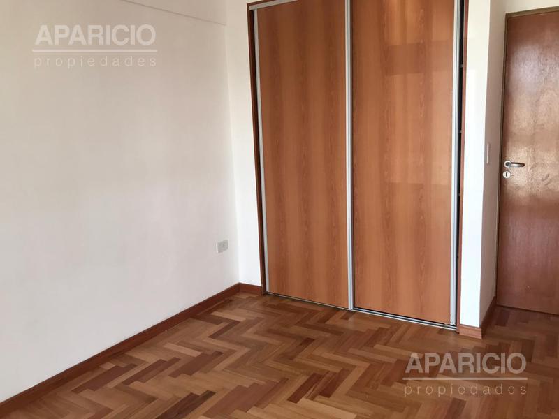 Foto Departamento en Alquiler en  La Plata ,  G.B.A. Zona Sur  64 entre 17 y 18