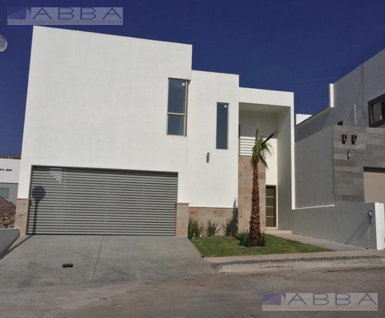 Foto Casa en Venta en  Chihuahua ,  Chihuahua  Casa en VENTA en Fracc Pedregal del Alba