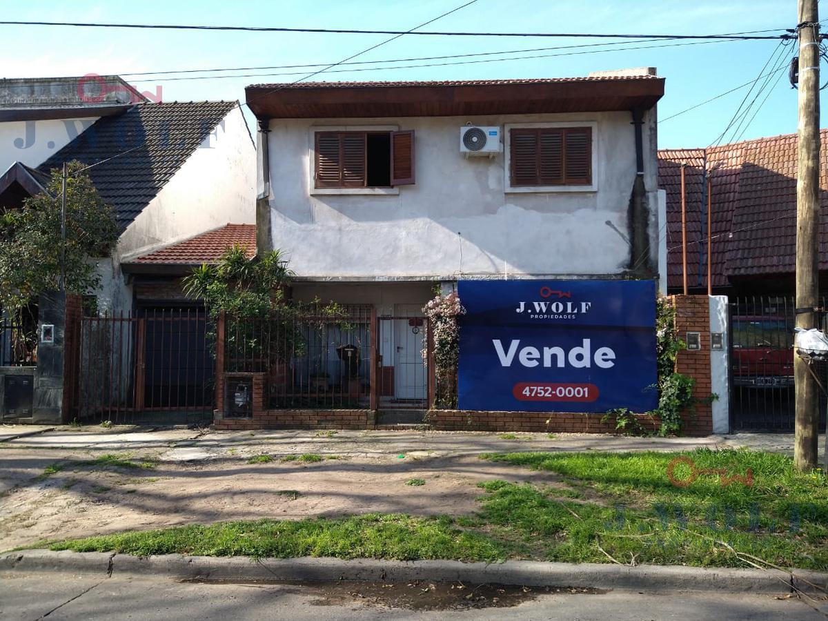 Foto Casa en Venta en  Villa Ballester,  General San Martin  Las Piedras Nº al 3500