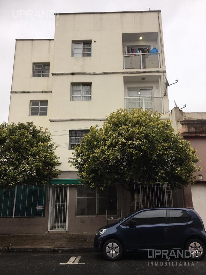 Foto Departamento en Alquiler en  Alberdi,  Cordoba Capital  LA  RIOJA 1000 - EXPENSAS BAJAS -