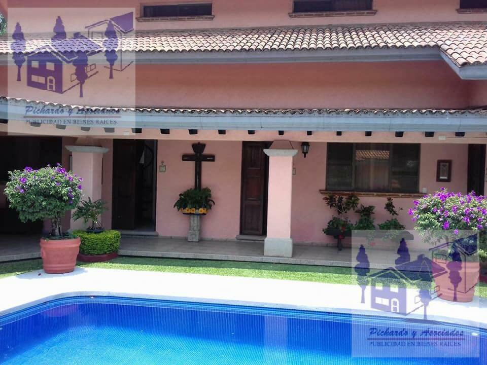Foto Casa en Renta en  Club de golf Tabachines,  Cuernavaca  Tabachines