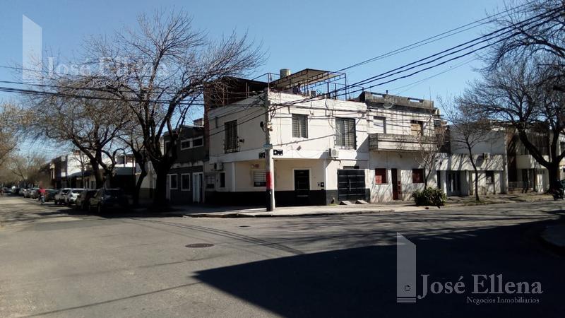 Foto Casa en Venta en  Rosario ,  Santa Fe  VIAMONTE al 200