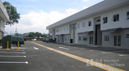 Foto Bodega Industrial en Venta en  Santa Rosa,  Santo Domingo  Ofibodega en  alquiler y venta  en Santa Rosa de Heredia