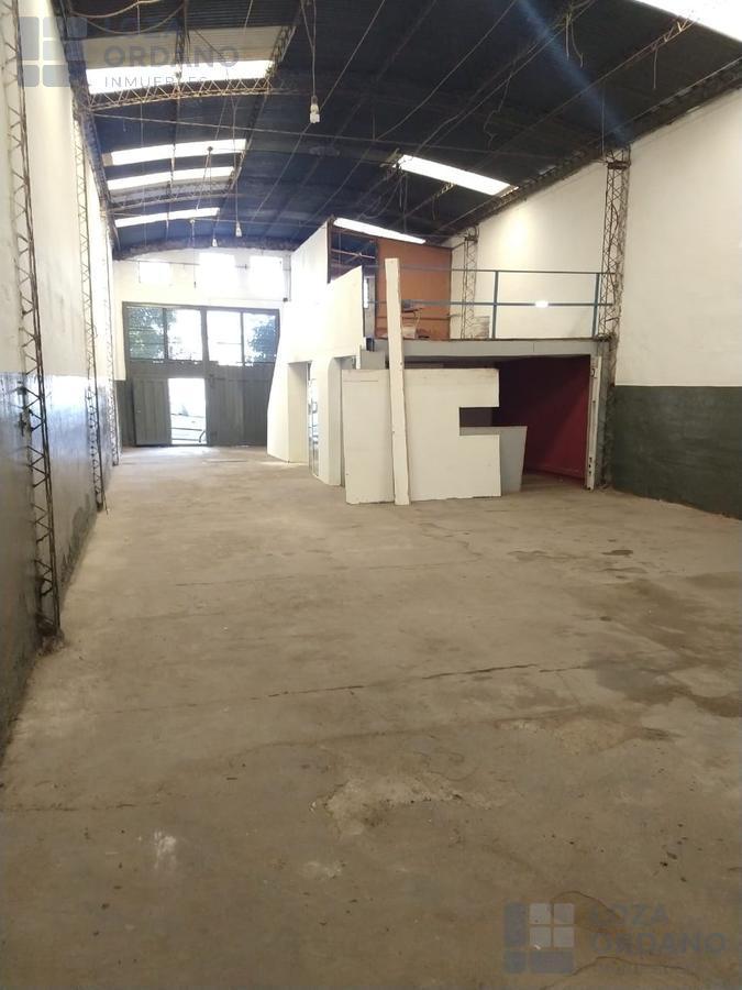 Foto Galpón en Alquiler en  General Bustos,  Cordoba Capital  Alquiler Galpon. Bº General Bustos