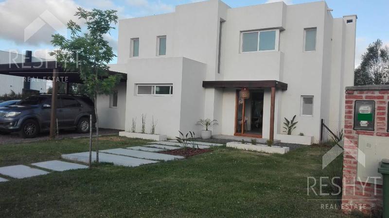 Foto Casa en Venta en  San Rafael,  Villanueva  BARRIO SAN RAFAEL - VILLANUEVA