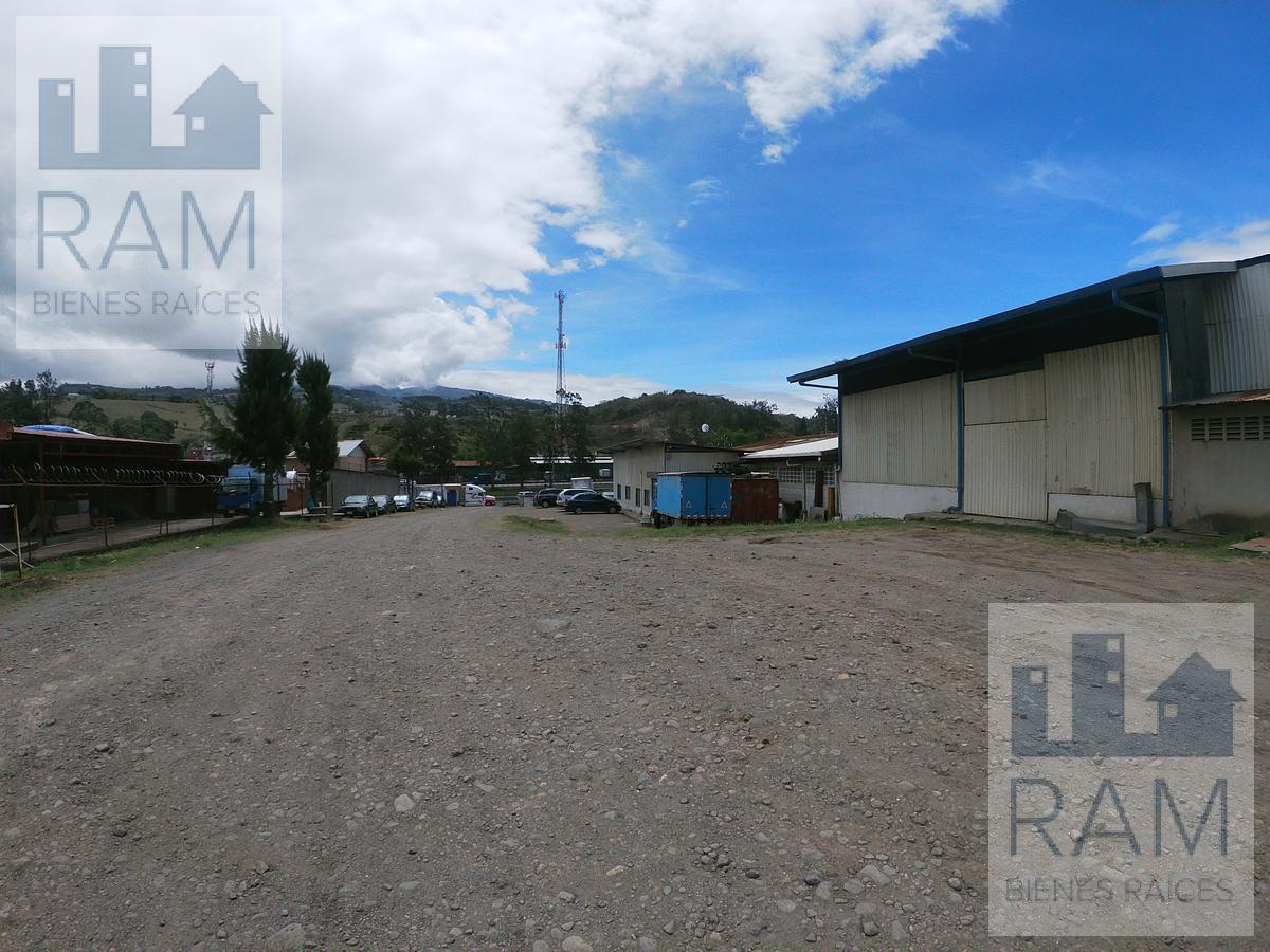 Foto Bodega Industrial en Venta en  San Nicolas,  Cartago  Propiedad industrial en venta en Ochomogo con bodega