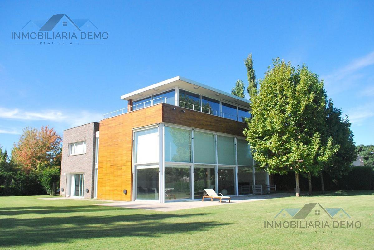 Foto Casa en Alquiler | Alquiler temporario en  Zen View,  Canning (E. Echeverria)  Bv. Oroño al 800