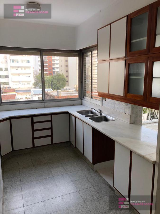 Foto Departamento en Alquiler en  La Plata ,  G.B.A. Zona Sur  9 45 y 46