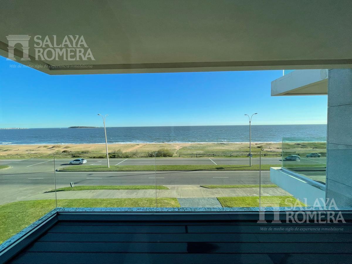 Foto Departamento en Venta en  Punta del Este ,  Maldonado  Venta , Playa Mansa parada 27 primera linea SAP3961780