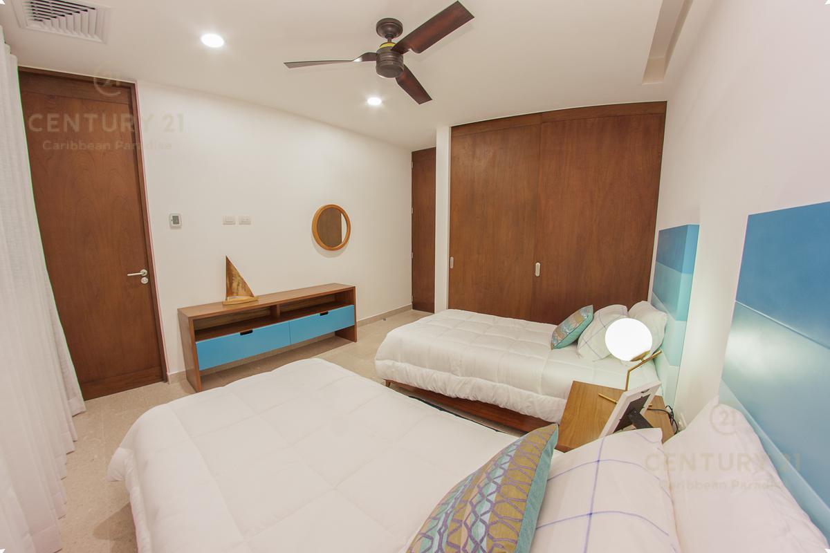 Playa del Carmen Apartment for Sale scene image 27