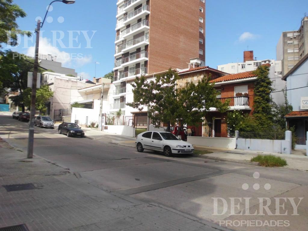 Foto Local en Alquiler en  Pocitos ,  Montevideo   26 de Marzo y Osorio