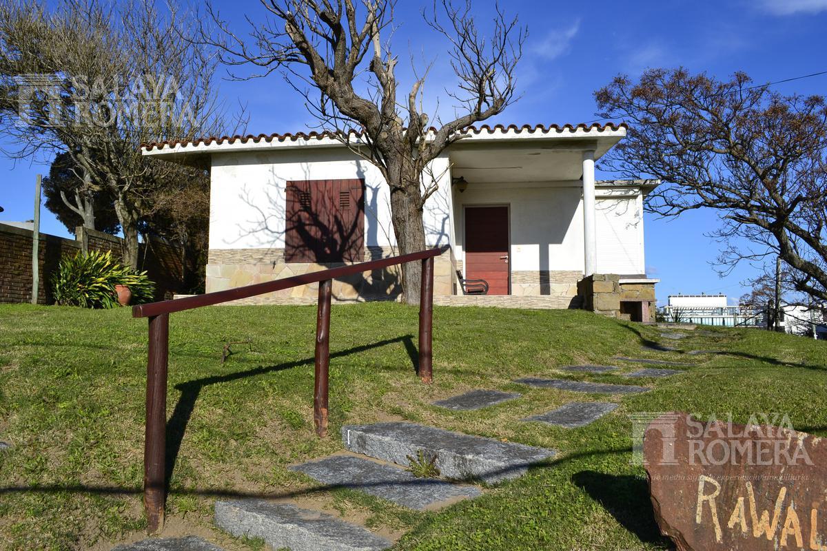 Foto Casa en Venta en  Punta del Este ,  Maldonado  Venta Casa en punta del este, zona mansa, 3 dormitorios, suite