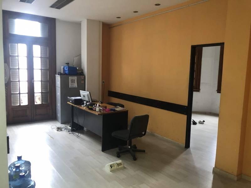Foto Oficina en Venta en  Balvanera ,  Capital Federal  Avenida Corrientes al 2400