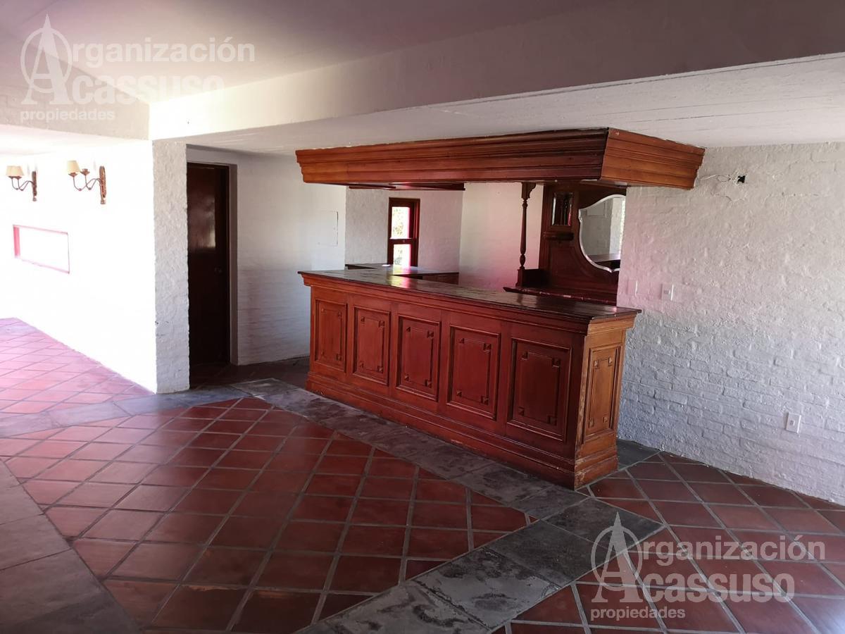Foto Local en Venta en  Punta del Este ,  Maldonado  Av. Pedragosa Sierra