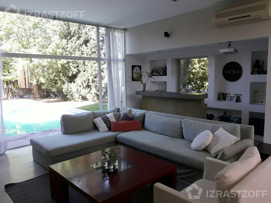 Casa--Santa Barbara-Santa Bárbara al 600