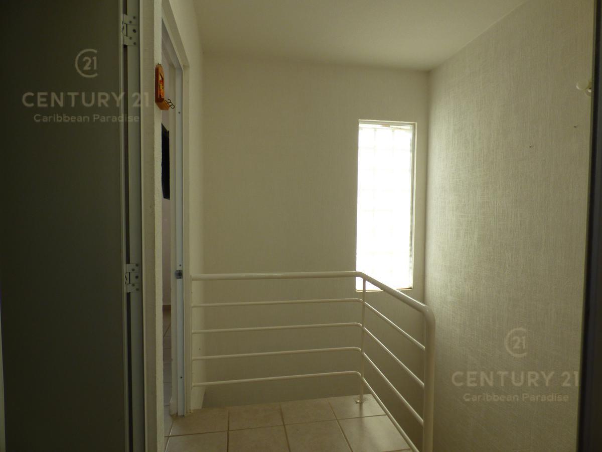 Las Palmas House for Rent scene image 10