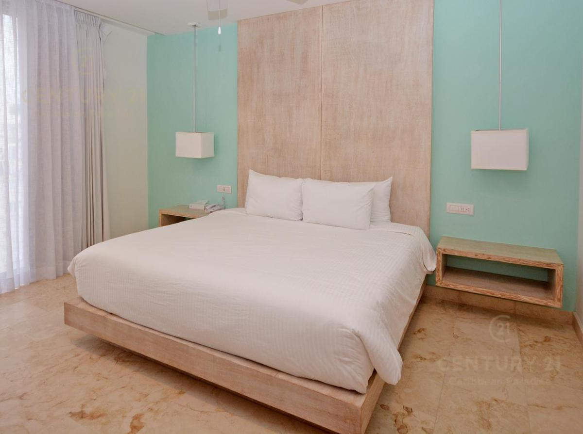 Playa del Carmen Apartment for Sale scene image 13