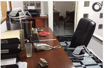 Foto Oficina en Venta en  Supermanzana 4 Centro,  Cancún  Supermanzana 4 Centro