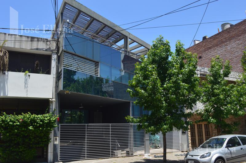 Foto Casa en Venta en  Rosario ,  Santa Fe  Inmejorable casa zona semi céntrica