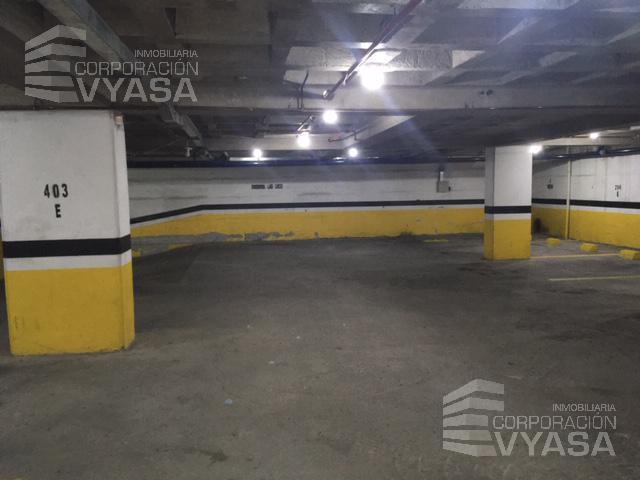 Foto Departamento en Venta en  La Carolina,  Quito  LA CAROLINA - CERCA A LA PLATAFORMA GUBERNAMENTAL, DEPARTAMENTO AMOBLADO DE 88,00 M2 EN VENTA