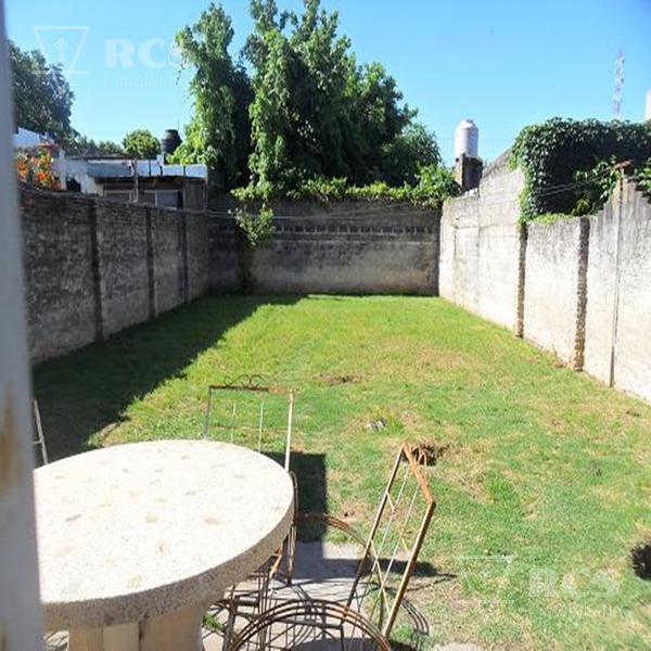 Foto Casa en Venta en  Rosario,  Rosario  Navarro 6542