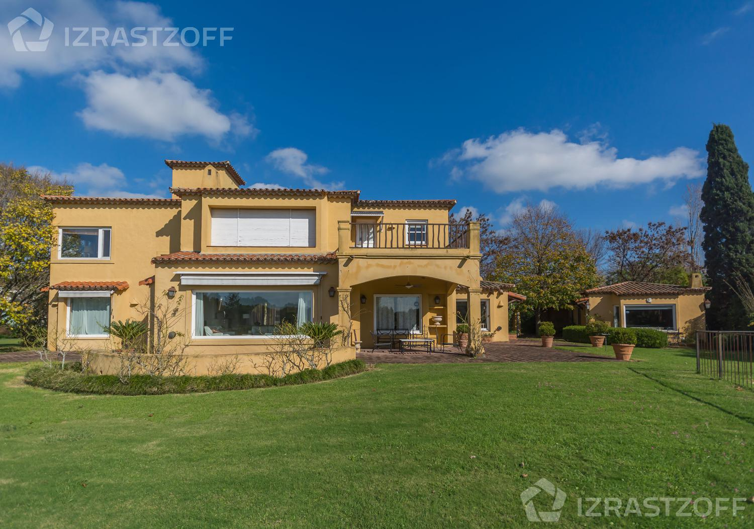 Casa-Venta-Martindale C.C-Matindale Country Club