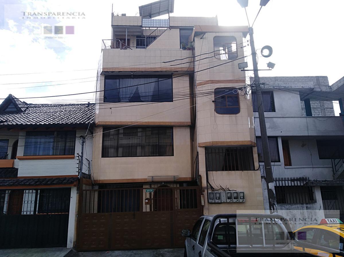 Foto Casa en Venta en  Sur de Quito,  Quito  Iessfut