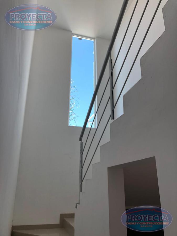 Foto Casa en Venta en  Las Calzadas,  Durango  RESIDENCIA DE LUJO EN PRIVADO, FRAC. LAS CALZADAS