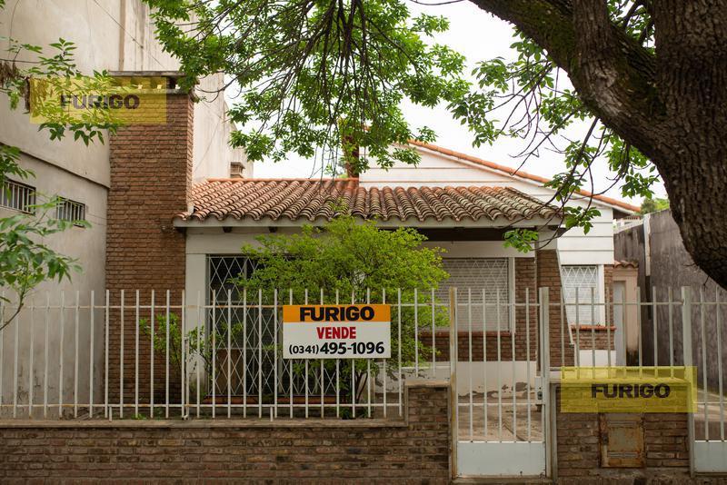 Foto Casa en Venta en  Perez ,  Santa Fe  E. López al 1100