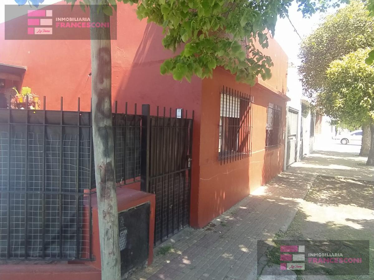 Foto Casa en Venta en  Zona Sur,  La Plata  29 ESQ 36