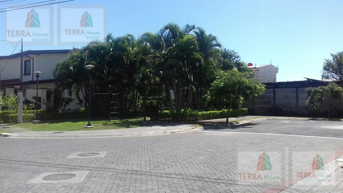Foto Casa en condominio en Renta   Venta en  Garita,  Alajuela  Vkmorerak