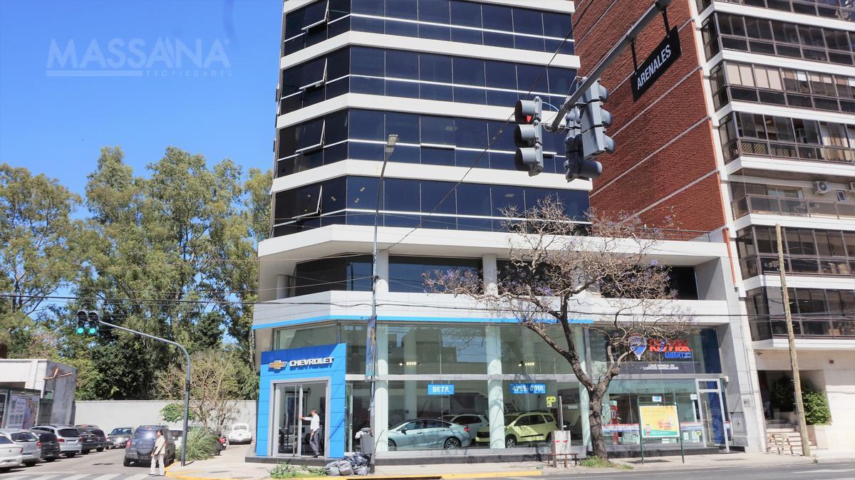 Foto Oficina en Alquiler en  Olivos-Vias/Rio,  Olivos  Av. Del Libertador esq. Arenales