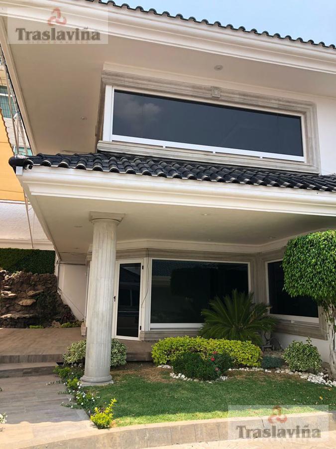 Foto Casa en Venta en  Jardines del Campestre,  León  Residencia de Lujo Remodelada en Venta en Jardines del Campestre