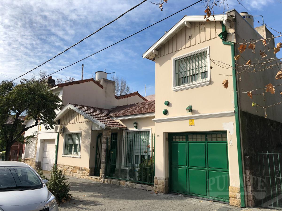 Foto Casa en Venta en  Lomas de Zamora Oeste,  Lomas De Zamora  San Martin 895