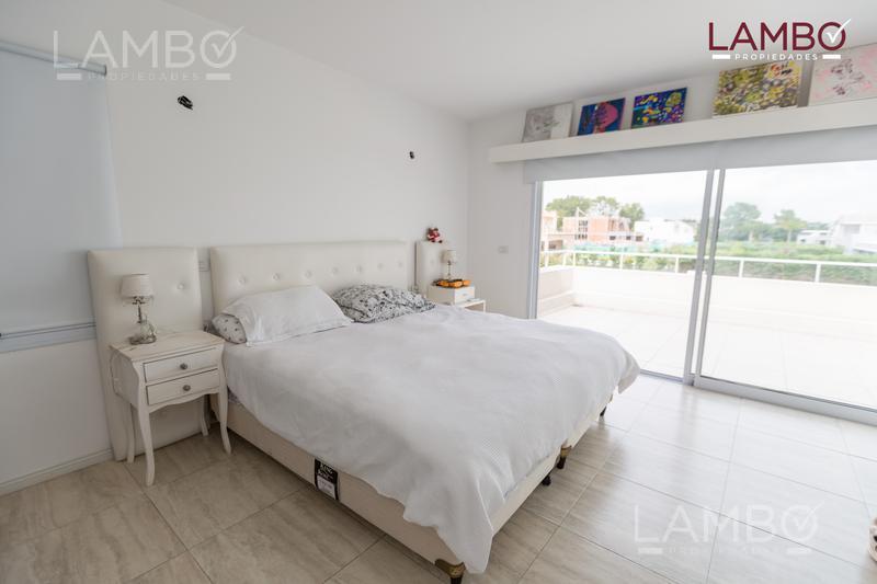Foto Casa en Venta en  La Lomada De Pilar,  Countries/B.Cerrado (Pilar)  La Lomada