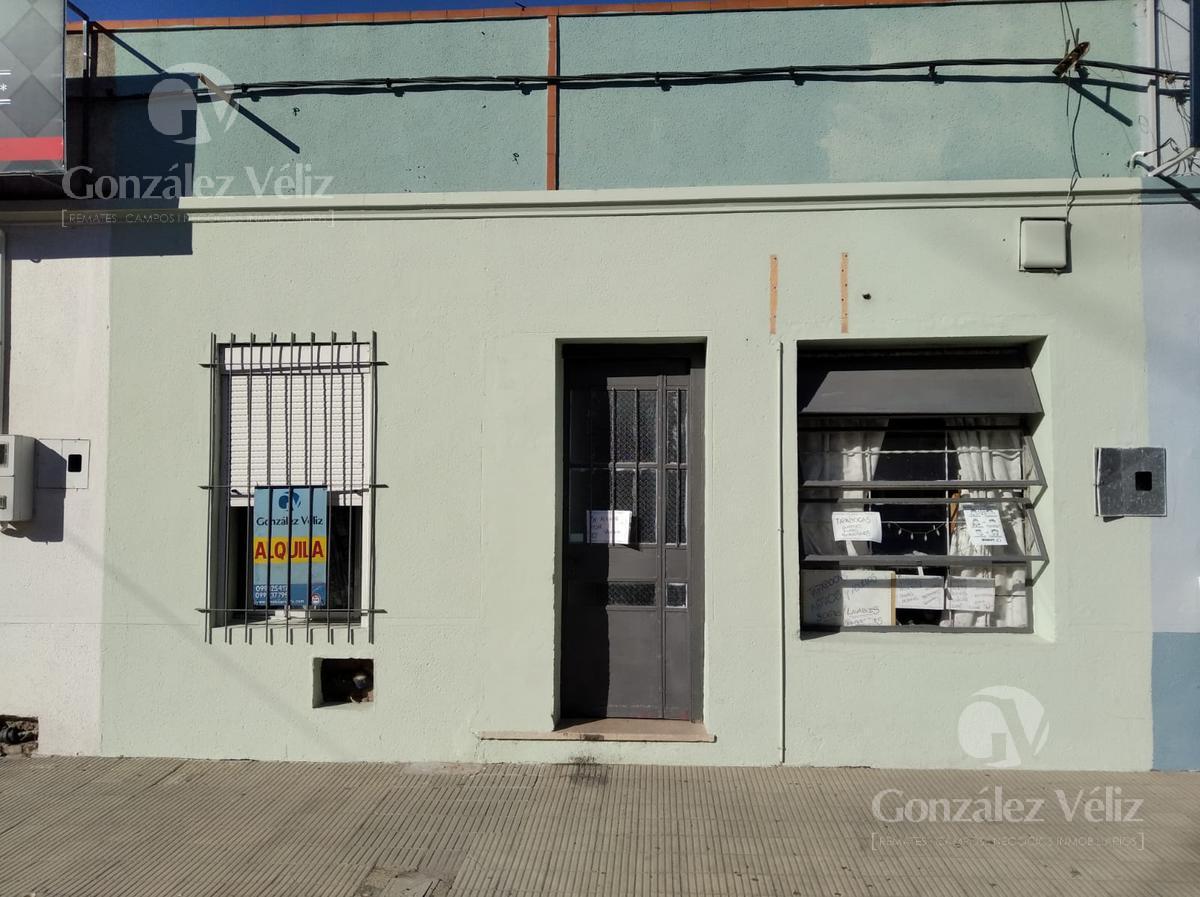 Foto Local en Alquiler en  Carmelo ,  Colonia  Uruguay casi 25 de mayo