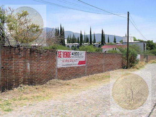 Foto Terreno en Venta en  Barrio San Juan,  Tequisquiapan  Excelentes terrenos cerca del centro