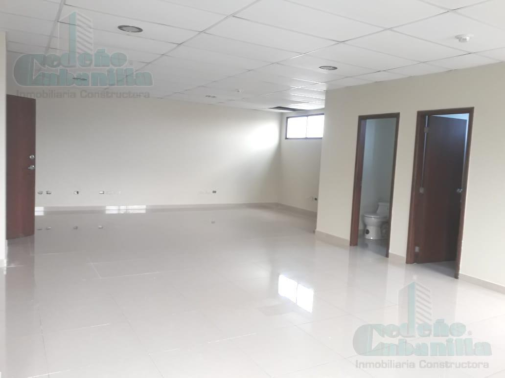 Foto Oficina en Alquiler en  Norte de Guayaquil,  Guayaquil      SE ALQUILA OFICINA CERCA DE OMNIHOSPITAL   PISO SEGUNDO