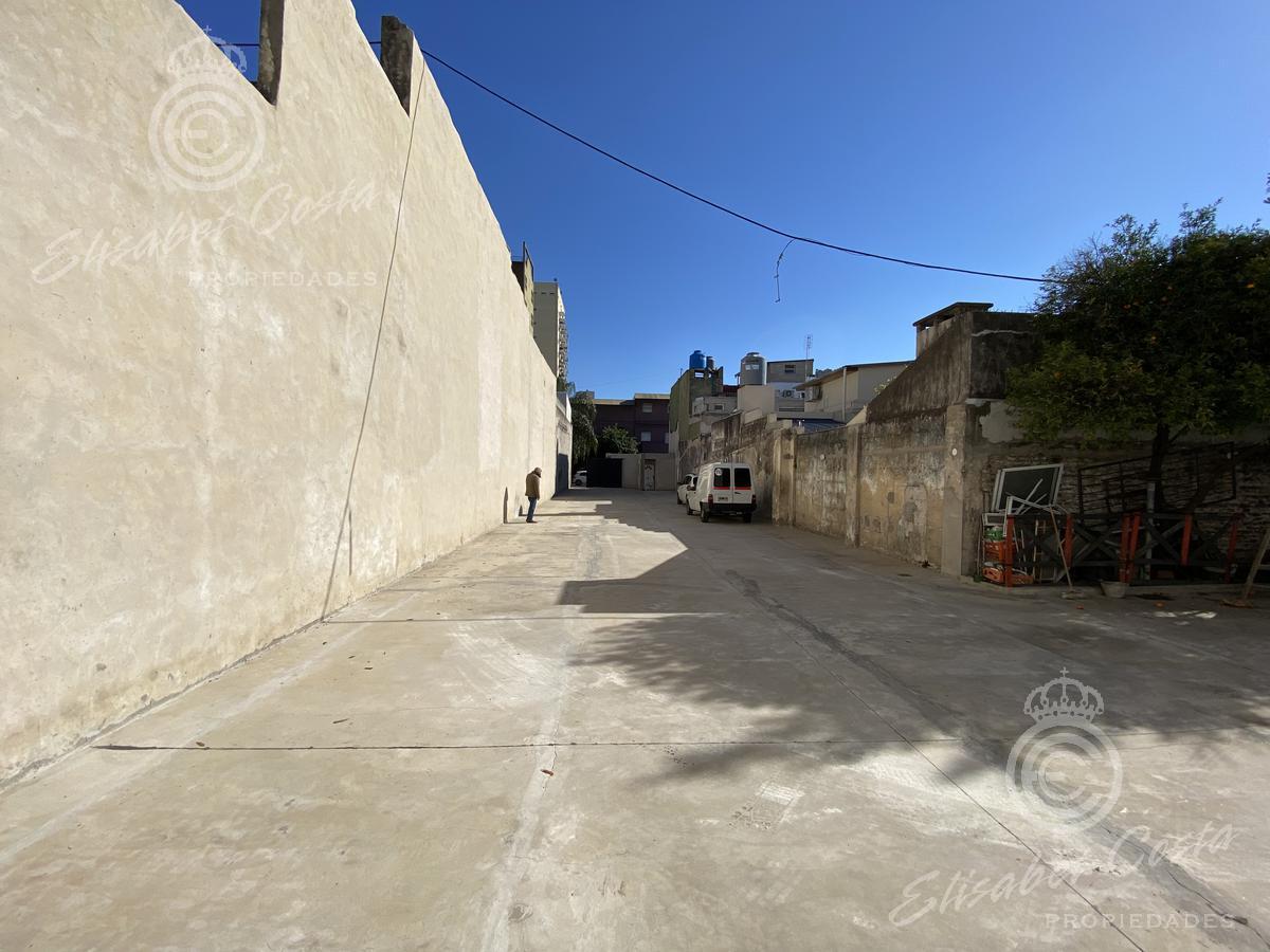 Foto Terreno en Venta | Alquiler en  Lanús Este,  Lanús  Av Pte D. F. Sarmiento al 1700