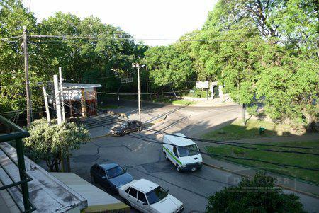 Foto Departamento en Venta | Alquiler en  Adrogue,  Almirante Brown  PLAZA BYNON 85 2° PISO DTO 8