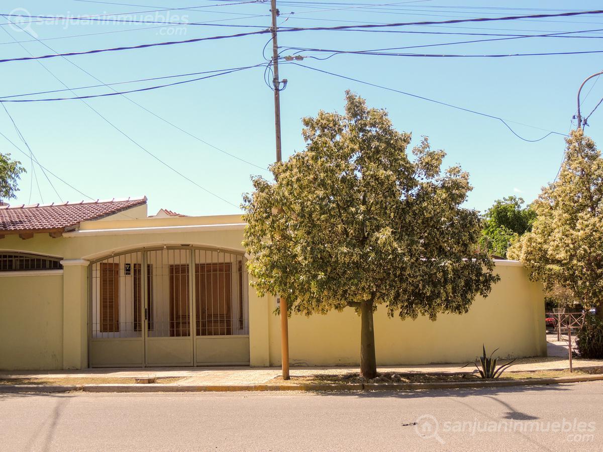 Foto Casa en Venta en  Capital ,  San Juan  Monteagudo al 1600  esquina Guemes (Zona Concepción)