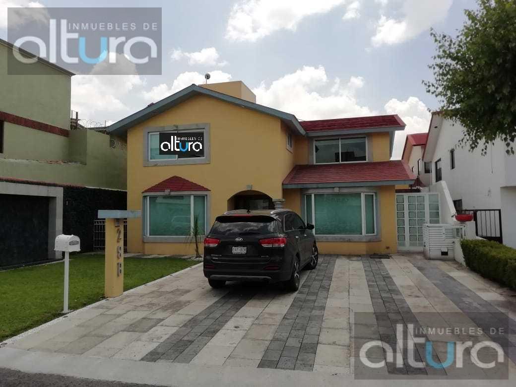 Foto Casa en Renta en  Balmoral,  Metepec  FRACCIONAMIENTO BALMORAL, METEPEC, C.P. 52150,MÉXICO CASH1092