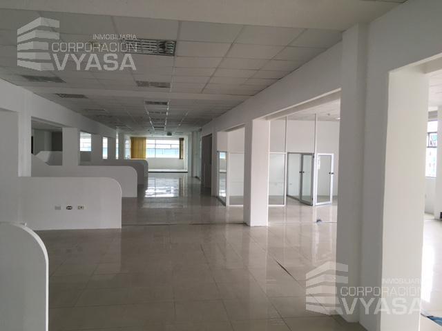 Foto Oficina en Alquiler en  Norte de Quito,  Quito  Av. Granados - Cerca a la UDLA, oficina de 2.000 m2 en arriendo
