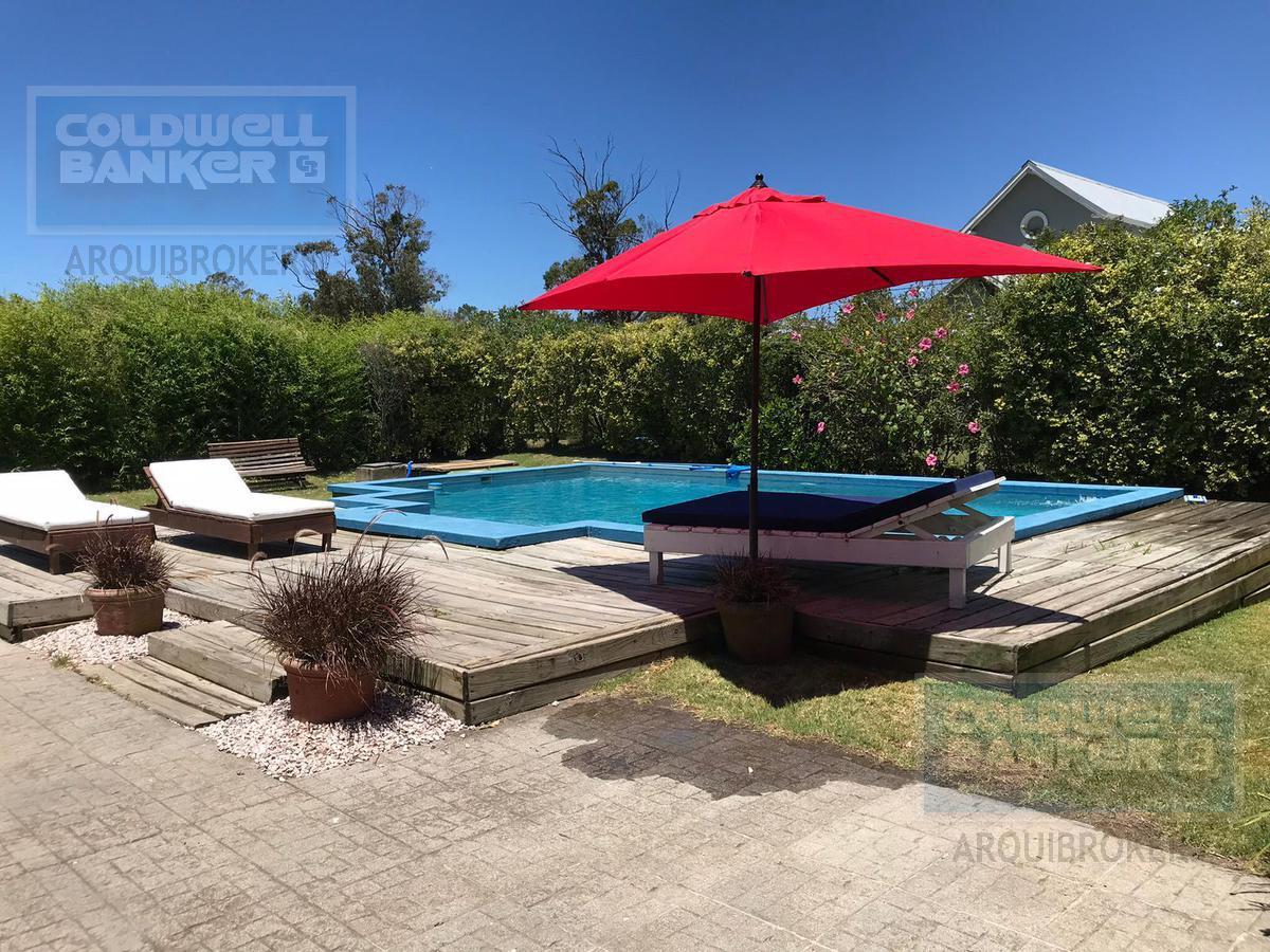 Foto Casa en Alquiler en  La Barra ,  Maldonado  Casa de 3 dormitorios en venta y alquiler en La Barra
