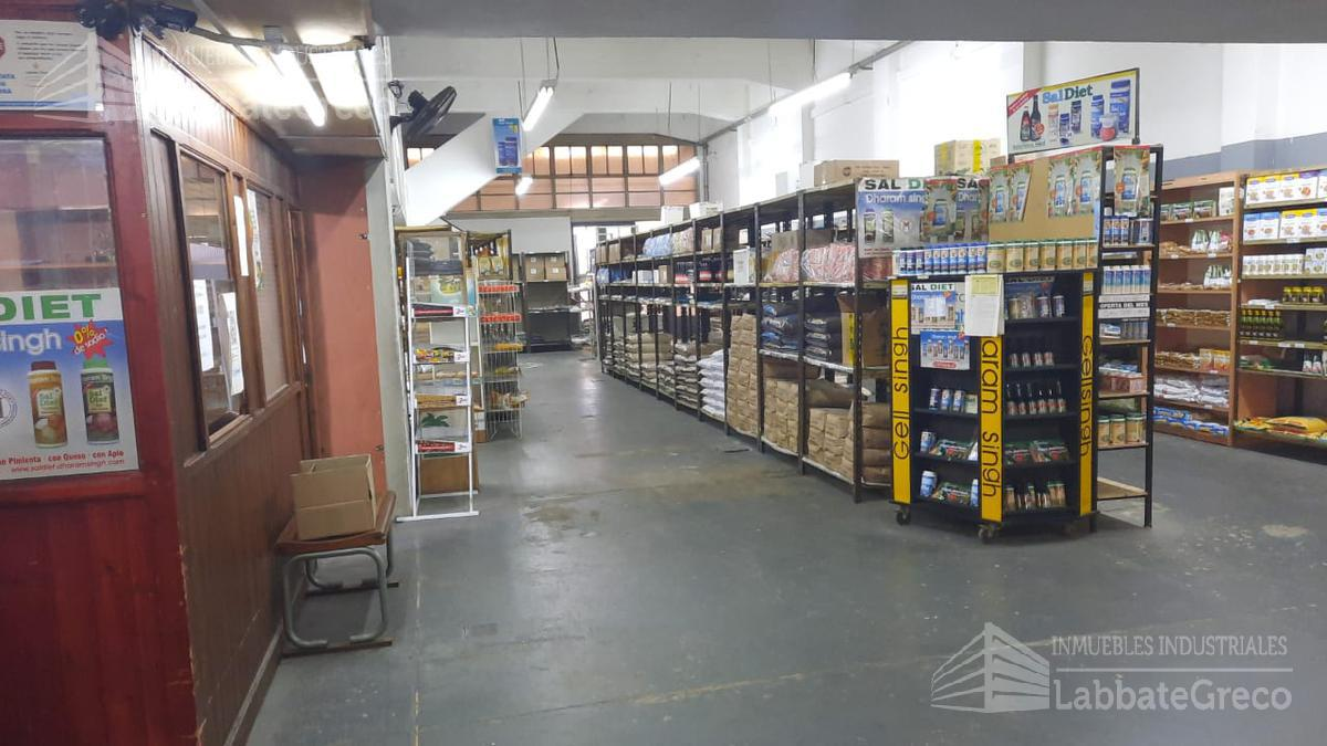 Foto Nave Industrial en Venta en  Villa Ballester,  General San Martin  Caserio de Perdirle al 4300