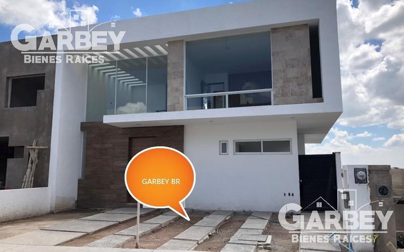 Foto Casa en Venta en  Lomas de Juriquilla,  Querétaro  CASA EN VENTA EN LOMAS DE JURIQUILLA