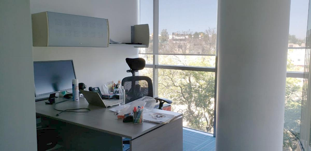 Foto Oficina en Renta en  Lomas de Chapultepec,  Miguel Hidalgo  Sierra Mojada, Torre Magnum, Oficina en renta (VW)