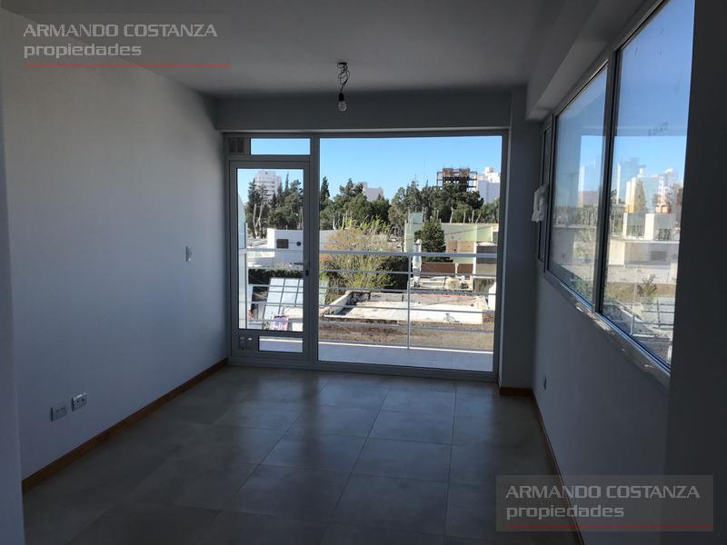 Foto Departamento en Venta en  Puerto Madryn,  Biedma  SAN MARTIN 274